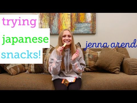 TRYING JAPANESE SNACKS!? | JENNA AREND