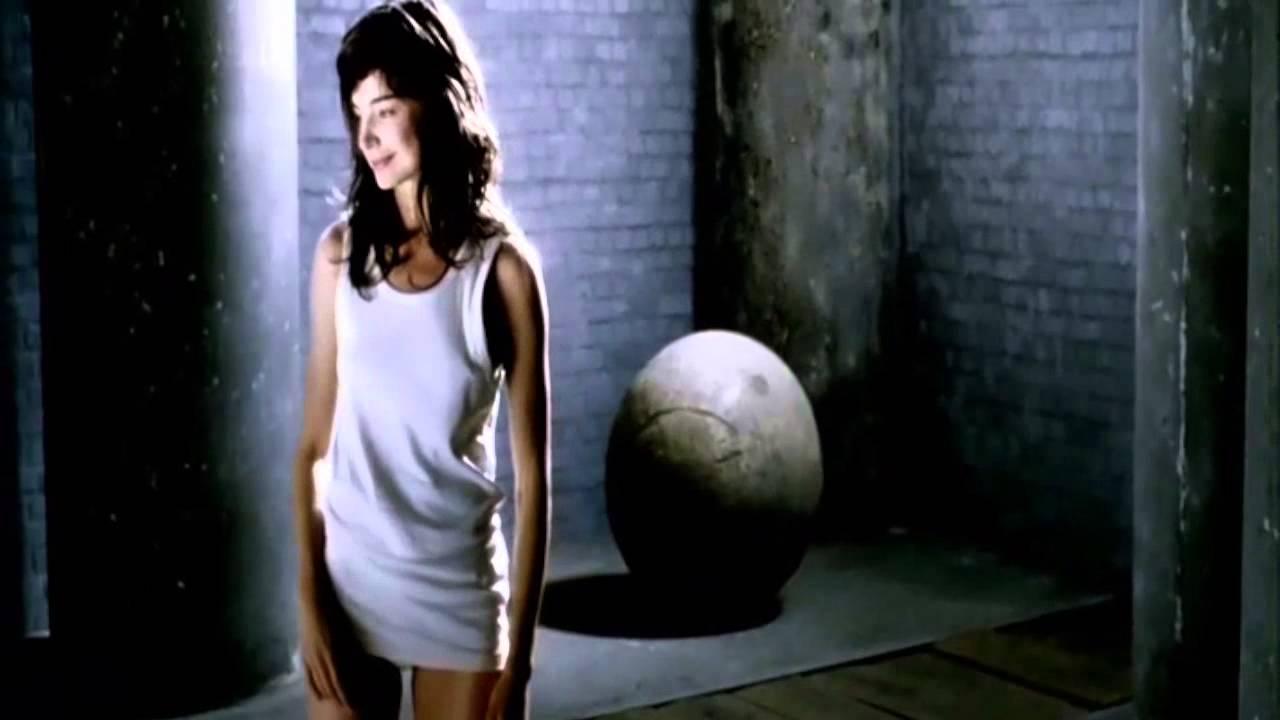 Louise Peterhoff - - YouTube