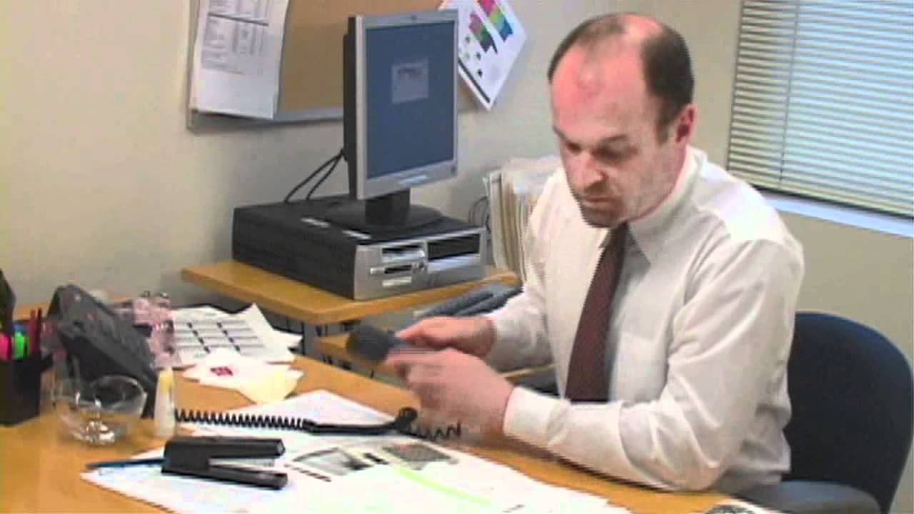 Ufficio Acquisti In Inglese : Lezione di inglese 28 il telefono in ufficio youtube
