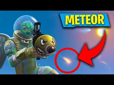 METEOR CRASHING INTO TILTED TOWERS RIGHT NOW! (Fortnite: Battle Royale)