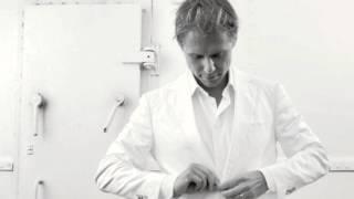 Armin van Buuren - A State Of Trance 2011 (CD1:On The Beach)