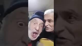 Gambar cover Çılgınlar gibi Türkü söyleyen Yaşlı Amcalar :D