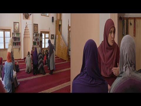في تحد للتقاليد.. نساء كوسوفو يقبلن بشدة على المدارس الإسلامية…