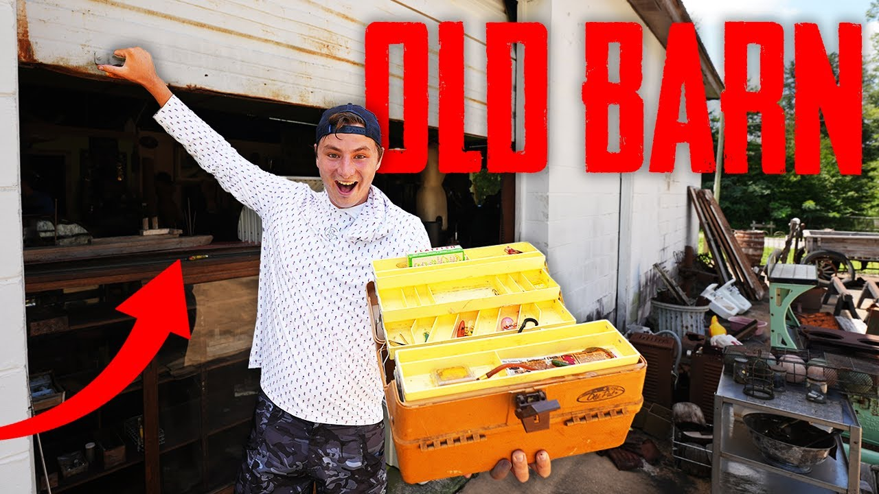 I Found 100 Year Old FISHING TACKLE BOX in an OLD BARN! (Crazy Finds!)