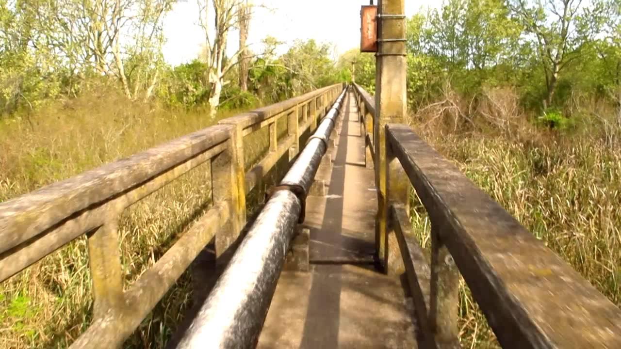 Toma de agua en rio santiago ensenada buenos aires for Toma de agua