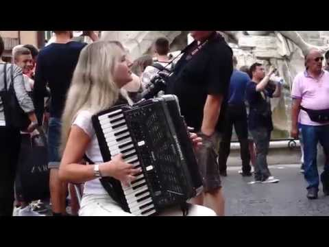 Piazza Navona accordion player