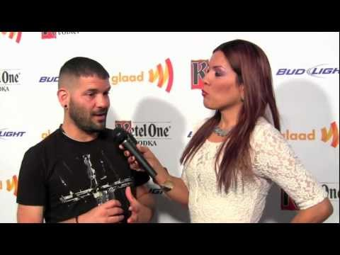 Samara Riviera talks with Guillermo Diaz
