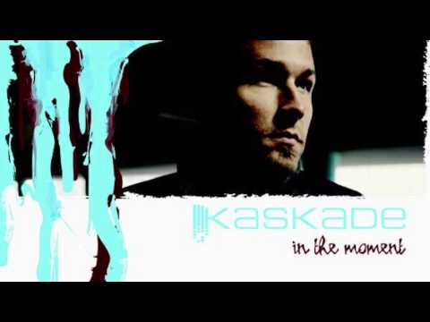 Kaskade - Steppin Out - In The Moment