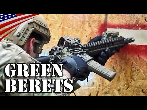 Special Forces Green Berets M4A1 Rifle Shooting - US Army 10th SFG - 特殊部隊グリーンベレーのM4A1ライフル射撃訓練