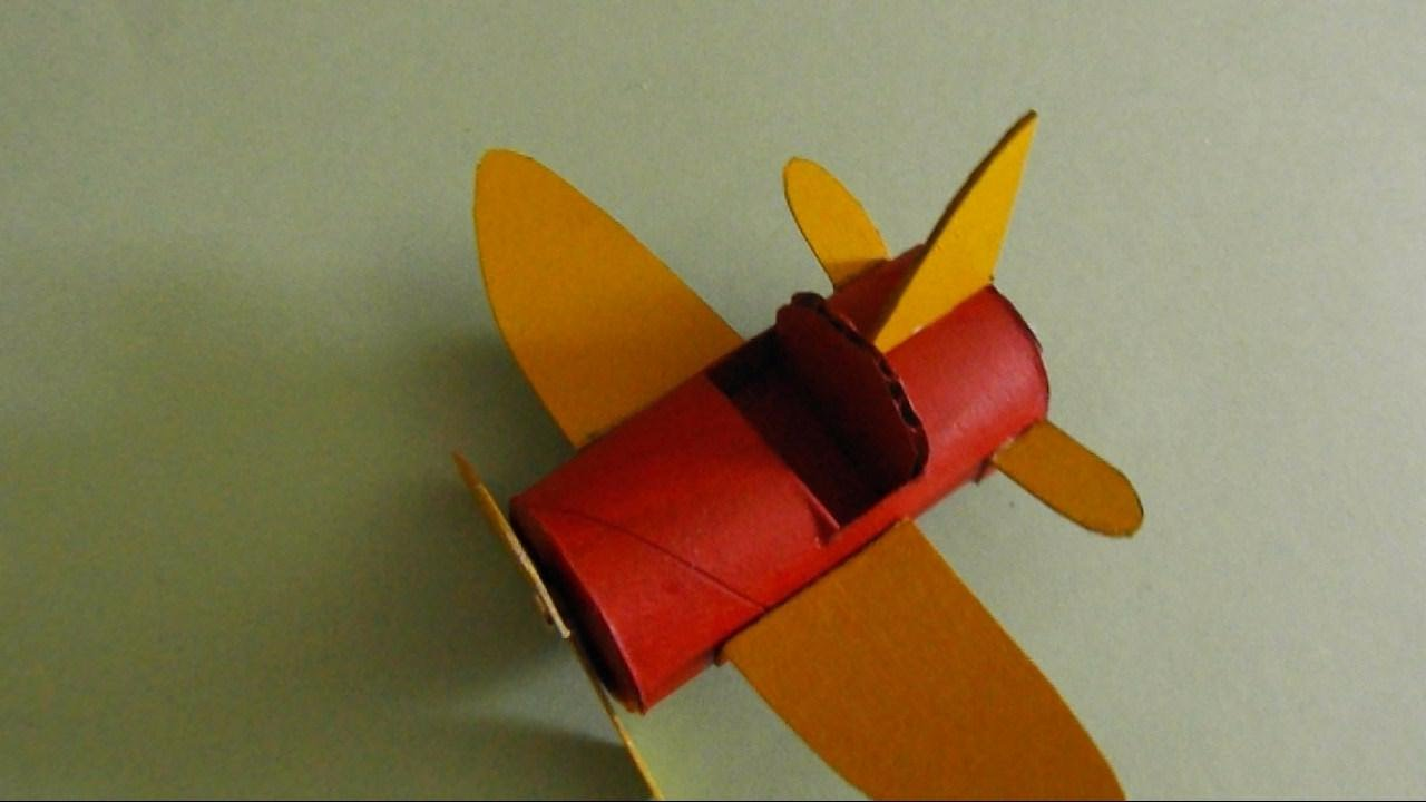 Airplane made from a toilet paper roll youtube jeuxipadfo Images