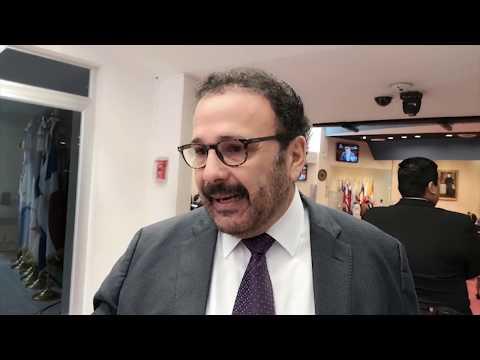 Diputado Francis Zablah asegura estar fuera de los negocios familiares