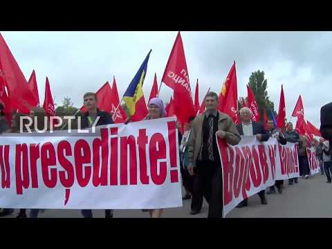 Moldova: Rallies held across country in support of President Igor Dodon