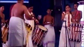 Shobitha Krishna Das and Rahita Krishna Das - Thayambaka performance on Naliritti