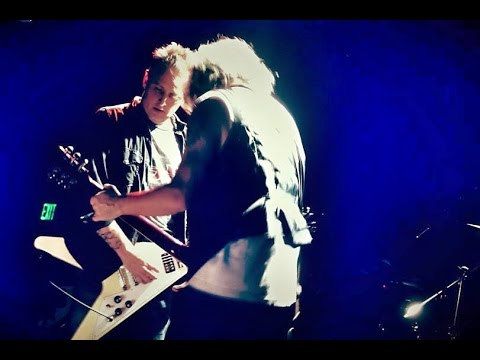 Watch Mike McCready & Friends Rock Classic UFO Songs at Filght to Mars!