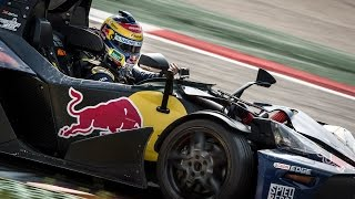 Craig Lowndes racing around the Red Bull Ring