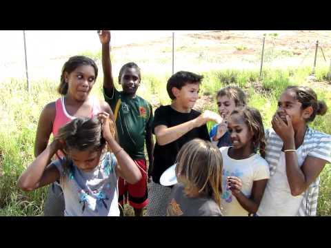Yindjibarndi kids visit office of Yindjibarndi Aboriginal Corporation