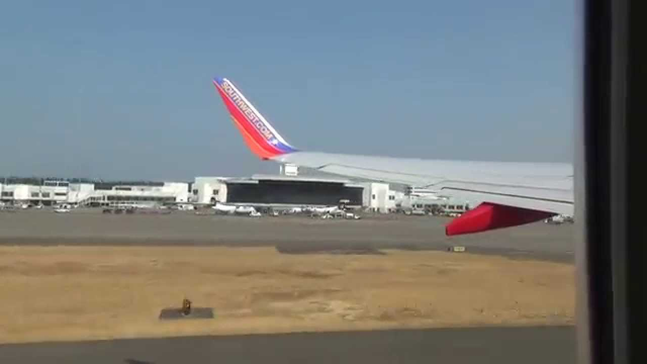 *STEEP TAKEOFF* Powerful Southwest Boeing 737-700 Takeoff from Seattle!