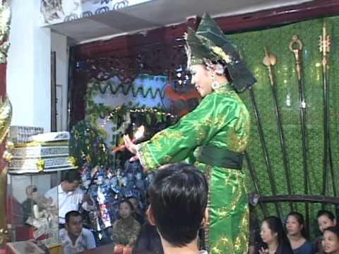hầu thánh Thanh đồng Phạm Thị Bích Liên