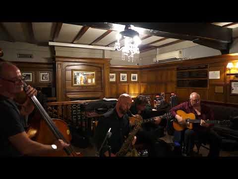 Swingologie live at the Bell Inn Nottingham