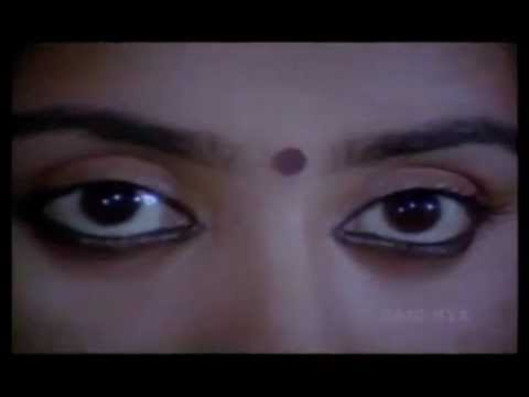thoovanthumbikal-rain and romance- theme music.wmv