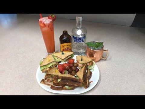 Es Viernes y el cuerpo lo sabe! Moscow Mule, tropical passion lemonade y botana club sandwich 🎉🍹