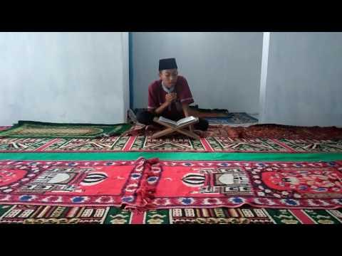 Lantunan Ayat Suci Al-Quran Qori' Muamar Kadafi