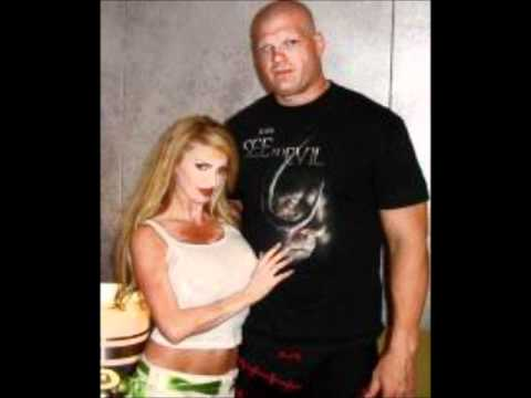 WWE Kane out of the Ri...