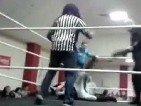 "CAWS WRESTLING Last Man Standing Match 30th Nov 2012 : ""The Future"" CJ Gunner vs ""Perfect"" PT Player"