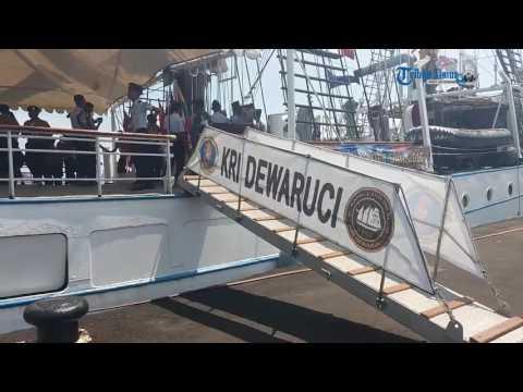 KRI Dewaruci Bersandar di Makassar, Masyarakat Boleh Naik