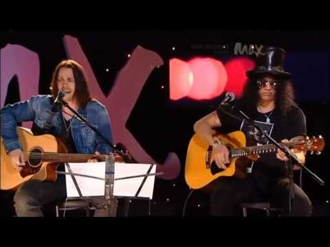By The Sword - Slash & Myles Kennedy - Rare Acoustic - MAX Sessions 2010 - Best Quality 480p