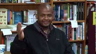 Kiese Laymon speaking at Oblong Books and Music, Rhinebeck, NY 9513