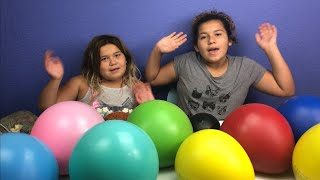 POPPING GIANT BALLOONS FILLED WITH ORBEEZ CHALLENGE