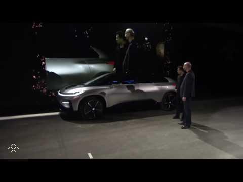 Tesla'nın Çinli rakibi Faraday Future'un elektrikli otomobili tanıtımda bozuldu