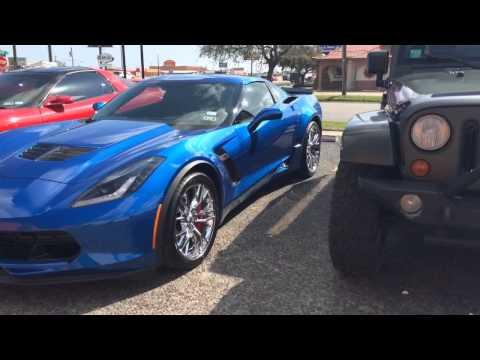 Corpus Christi Valentine's Day hooters car show