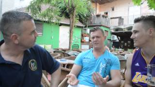 Two Norwegians Discussing Their Serbian Vacation