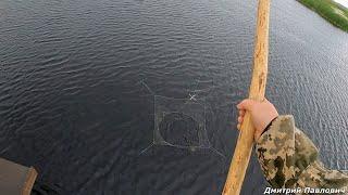 Рыбалка на паук и спиннинг в дождь Промок до нитки но уехал с уловом Готовим окуня горячего копчения