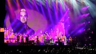 Robbie Williams Angels Pinkpop 2015 final (HD 1080p)