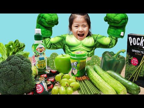 색깔별로 먹기만 하면? 서은이와 엄마의 스파이더맨 헐크 식단 요정 야채 놀이 뽀로로 음료수 Vegetables For Spider Man And Hulk