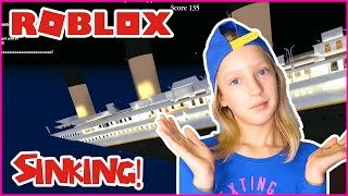 Can We Survive Titanic Sinking??? / Roblox Titanic