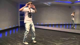 Андрей Захаров - урок 5: видео танца shuffle(Преподаватель Model-357 Lab.: 357.ru/teachers/andreya-intaro-zaxarova В этом видео показаны основы стиля танца shuffle под музыку. Вы..., 2011-09-11T06:12:58.000Z)