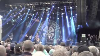 Flogging Molly -The rare ould times (Gröna Lund)