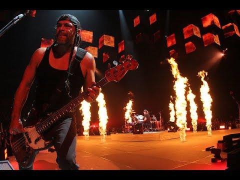METALLICA - Spit Out the Bone live in Antwerp, 03 November 2017 (Multi-Cam - HQ Sound LiveMet.com)