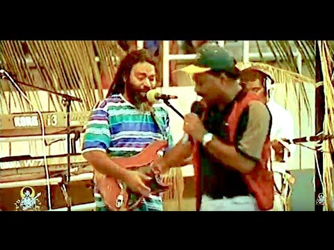 Seru Serevi - Tuki Lose Taki - LIVE CHMSUPERSOUND 1997 South Pacific Music Festival