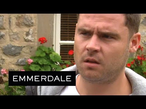 Emmerdale - Robert Warns Aaron About Lachlan's Frantic Violence
