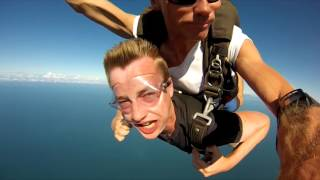 My Skydive from 14,000 feet over Mission Beach - Australia