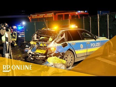 A61 bei Viersen: Lastwagen prallt gegen Streifenwagen - Polizistin stirbt