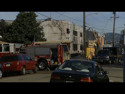Investigation begins into deadly Oakland fire