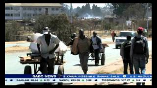 Unemployed people in Zimbabwe are finding creative ways to make money