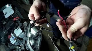Замена лампы(ксенон) ближнего света Тойота Авенсис.