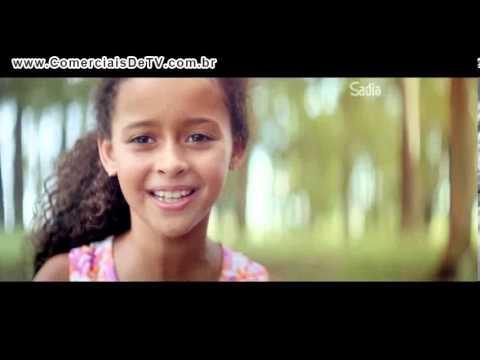 Sadia - Crianças que nunca viram o Brasil ser campeão-Copa do Mundo  JogaPraMim Comercial de TV